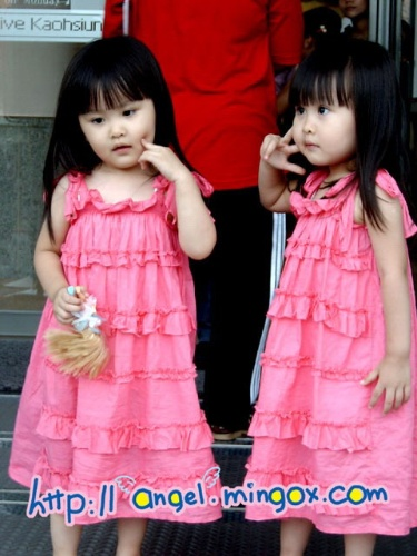网络双胞胎-亲亲我的可爱宝贝-搜狐博客