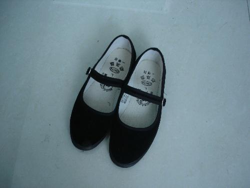 白一带鞋女孩_2014穿布鞋的女孩女孩穿布鞋 男穿一带布鞋 图片